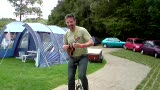 Crawley Juggling festival Aug 09 - Dave Kinder ukecycle